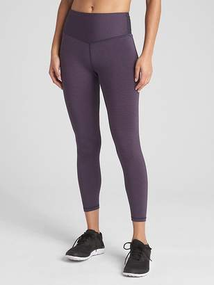 66cbb68f48745 Gap GFast High Rise Blackout V-Waist Leggings