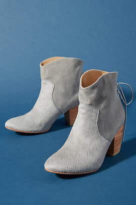 Huma Blanco Violeta Boots