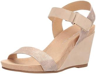 Chinese Laundry Women's Trudy Wedge Sandal,10 M US