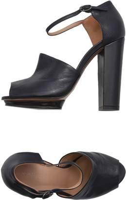 Kalliste Sandals - Item 11492009RH