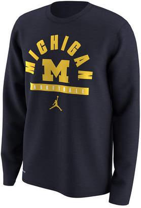 Nike Men's Michigan Wolverines Basketball Legend Long Sleeve T-Shirt