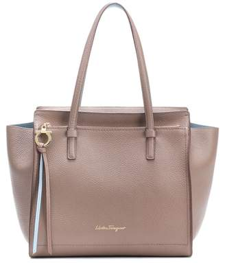 Salvatore Ferragamo Medium Amy leather shopper