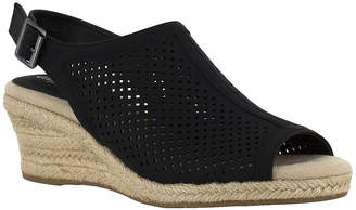 Easy Street Shoes Stacy Womens Strap Sandals