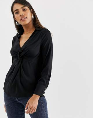 Oasis blouse with twist front in black