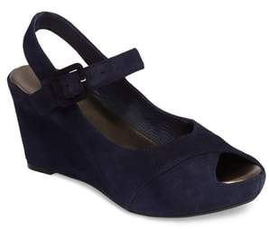 Johnston & Murphy Tara Platform Wedge Sandal
