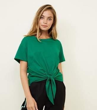 New Look Petite Green Short Sleeve Tie Front T-Shirt