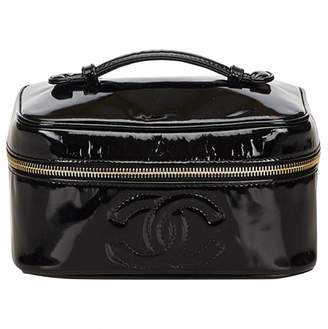 Chanel Patent leather vanity case