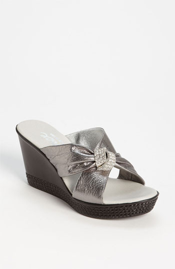 Onex 'Knot Wedge' Sandal