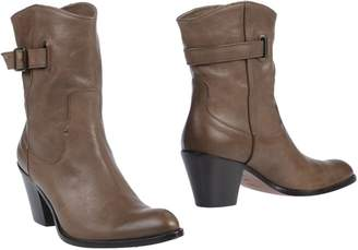 Duccio Del Duca per GUERRESCO Ankle boots