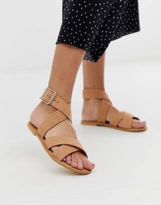 Flossy Asos Design ASOS DESIGN leather cross strap flat sandals