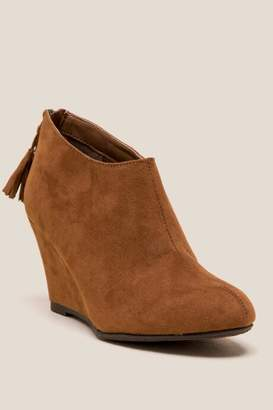 Cl By Laundry CL by Laundry Via Wedge Ankle Boot - Cognac