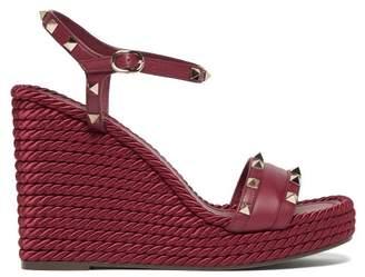 Valentino Torchon Rockstud Leather Wedge Sandals - Womens - Burgundy