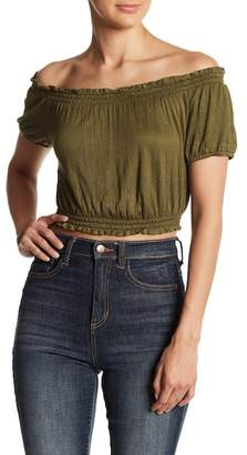 HIATUS Off-the-Shoulder Solid Gauze Crop Top