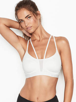 The Incredible Lightweight by Victoria Sport Plunge Bra