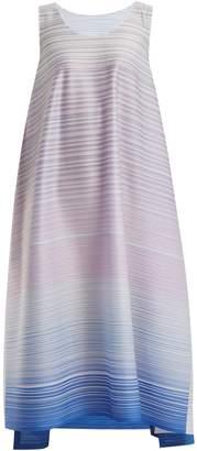 Pleats Please Issey Miyake Pleated gradient-print dress