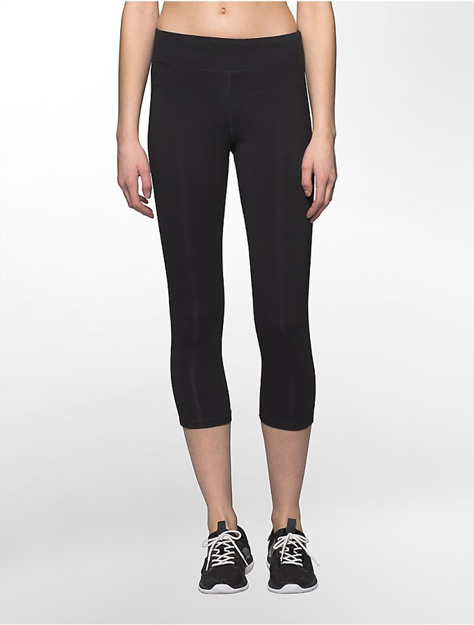 Performance High Waist Cropped Leggings