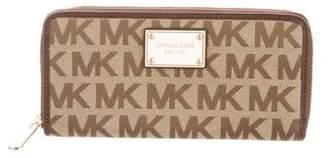 MICHAEL Michael Kors Logo Continental Wallet