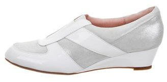 Taryn Rose Pooms Traveler Slip-On Sneakers w/ Tags $95 thestylecure.com