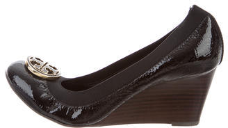 Tory Burch Tory Burch Round-Toe Patent Leather Wedges