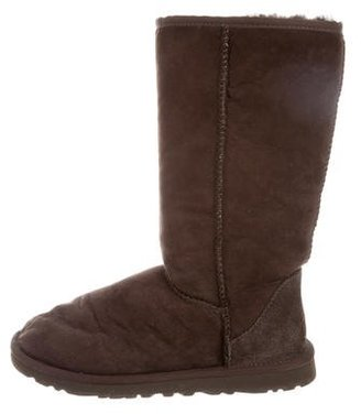 UGG Australia Classic Tall Boots $65 thestylecure.com