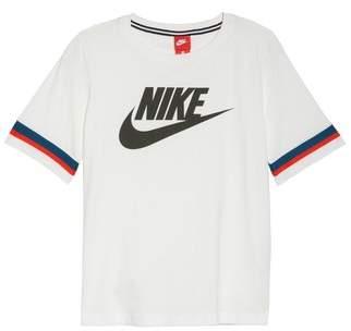 Nike Sportswear Stripe Sleeve Tee