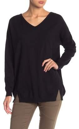 Wishlist V-Neck Back Lace-Up Sweater