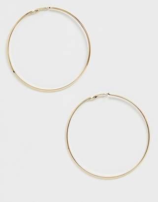 Pieces oversized hoop earring