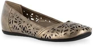Easy Street Shoes Charlize Women's Hidden Wedge Flats