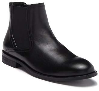 33cca43ade8 English Laundry Milo Leather Chelsea Boot (Men)