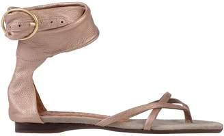 Chie Mihara Toe strap sandals - Item 11594403WL