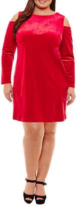 Boutique + + Long Sleeve Cold Shoulder Velvet Bodycon Dress - Plus
