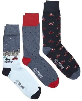 Corgi Driving Home for Christmas Cotton 3 sock Gift Box