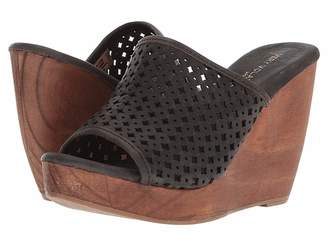 Volatile Slay Women's Sandals