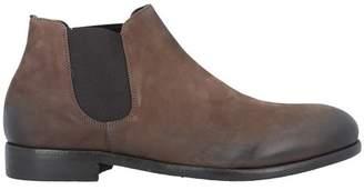 LE QARANT Ankle boots