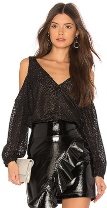 L'Academie The V Neck Shoulder Top
