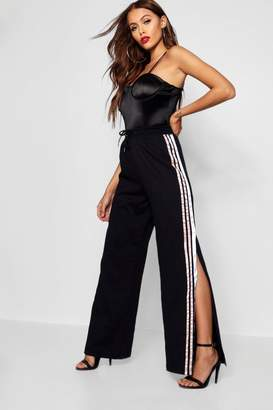 boohoo Satin Sports Stripe Sweat Pants