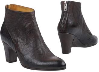 Alexander Hotto Ankle boots - Item 11385906