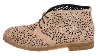 Alaia Round-Toe Cut-Out Oxfords