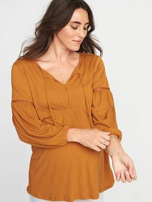 Old Navy Maternity Crinkle-Jersey Lace-Trim Top
