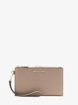 MICHAEL Michael Kors Adele Pebbled Leather Smartphone Wallet