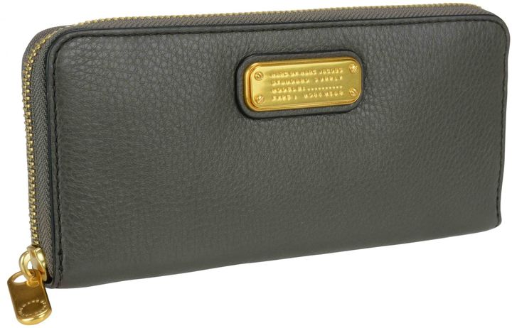 Marc By Marc JacobsMarc By Marc Jacobs New Q Slim Zip Around Wallet