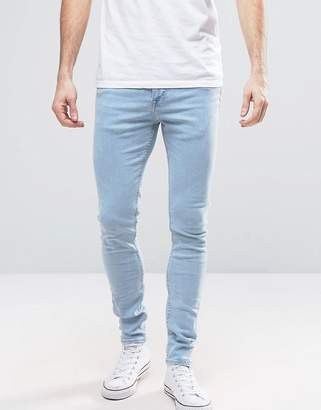 New Look Muscle Fit Jeans In Light Wash Blue