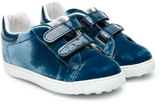 Tod's (トッズ) - Tod's Kids touch-strap sneakers