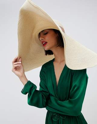 Asos Design DESIGN oversize turn back brim straw hat