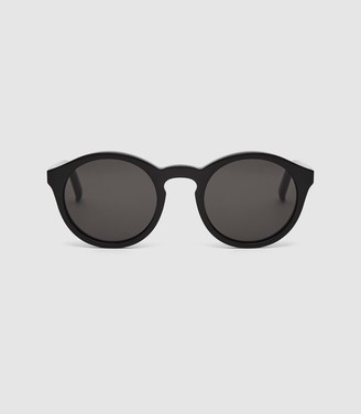 Reiss Barstow - Monokel Eyewear Keyhole Sunglasses in Black