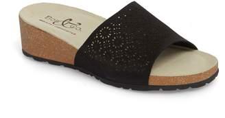 Bos. & Co. Loa Wedge Slide Sandal