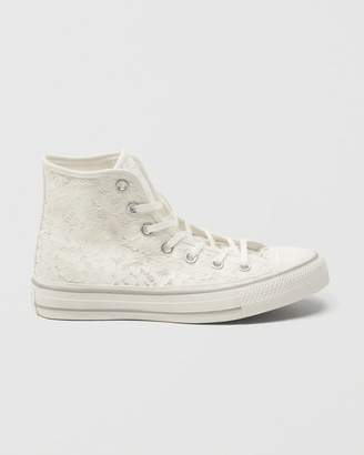 Abercrombie & Fitch Converse Chuck Taylor All Star High Top Lace Sneakers