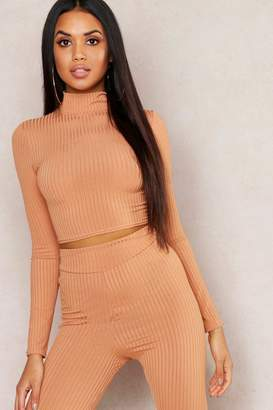 efce80741 boohoo Jumbo Rib High Neck Long Sleeve Crop Top