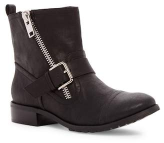 Restricted Half Deck Zip & Buckle Boot