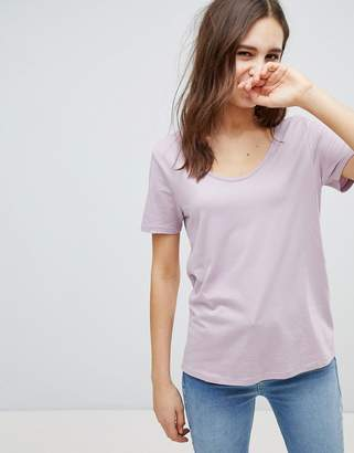Asos T-Shirt with Scoop Neck and Curved Hem